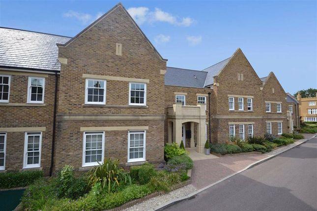 Thumbnail Flat to rent in Broadfield Way, Aldenham, Hertfordshire