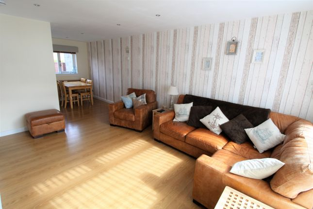 Thumbnail Terraced house for sale in Collieston Circle, Aberdeen
