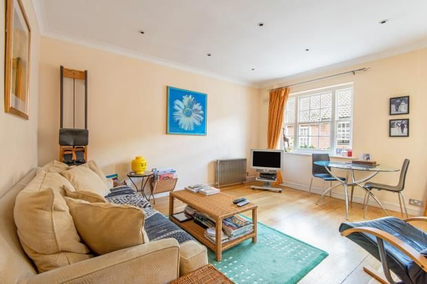 Thumbnail Mews house for sale in Fairfax Place, South Hampstead, London