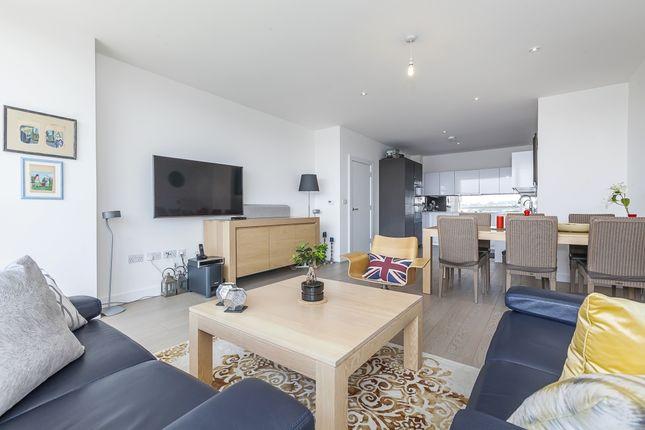 Thumbnail Flat to rent in River Gardens Walk, London