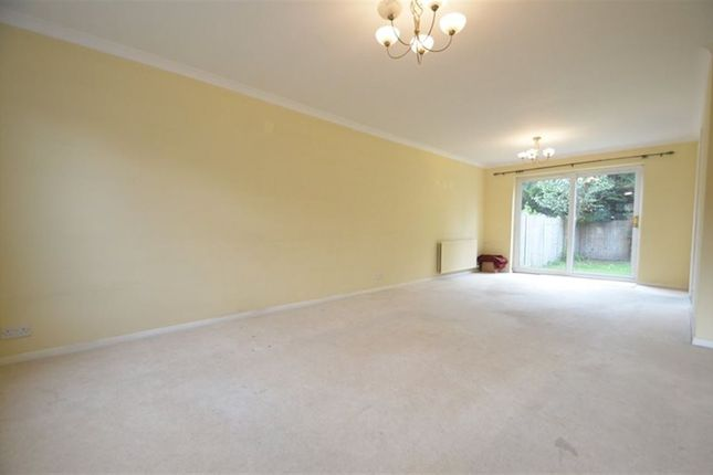 Thumbnail Property to rent in Wayborne Grove, Ruislip