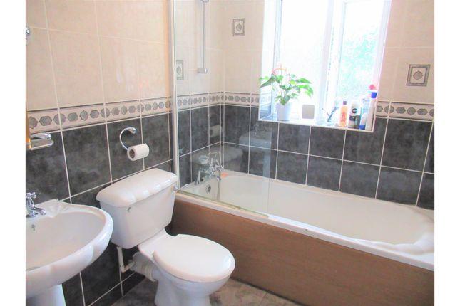Bathroom of Harecastle Avenue, Manchester M30