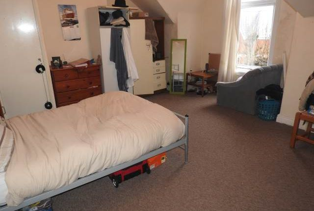 Thumbnail Flat to rent in Bernard Street, Uplands, Swansea