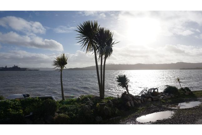 Thumbnail Flat for sale in Marine Drive, Torpoint