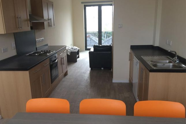 Thumbnail Flat to rent in Crossb, Sheffiedl