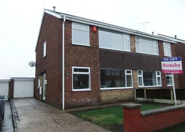 Thumbnail Semi-detached house to rent in York Avenue, Bottesford, Scunthorpe