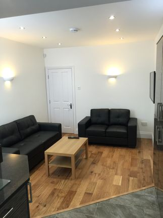 Thumbnail Flat to rent in Dinsdale Road, Sandyford