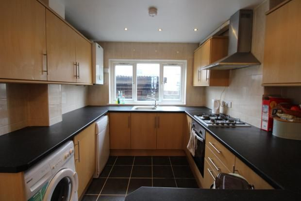 5 bed terraced house to rent in Tewkesbury Street, Cathays, Cardiff CF24