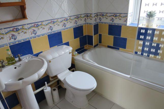 Bathroom of Heol Y Carw, Thornhill, Cardiff CF14