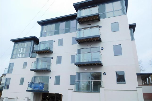 Thumbnail Flat for sale in Montpellier Apartments, 5 Winterbourne Rd, Teignmouth