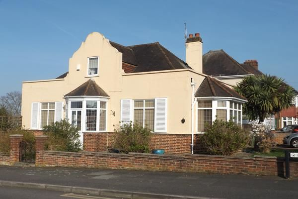 Thumbnail Detached house for sale in The Grove, Bexleyheath