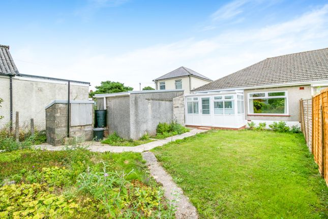 Thumbnail Bungalow to rent in Taylor Road, Bridgend