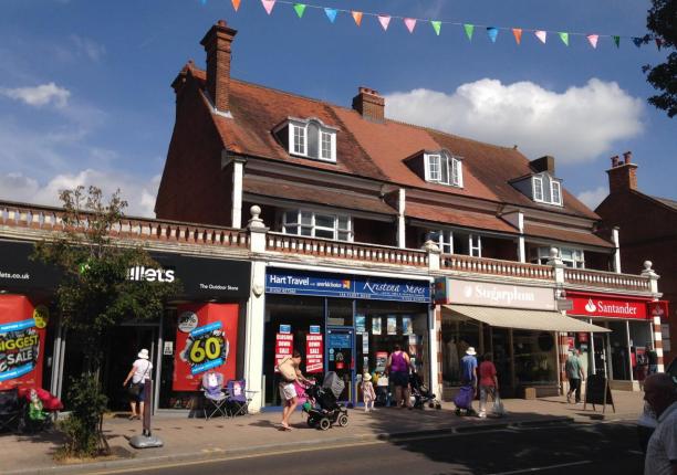 Thumbnail Retail premises to let in 156 Fleet Road, Fleet, Hampshire