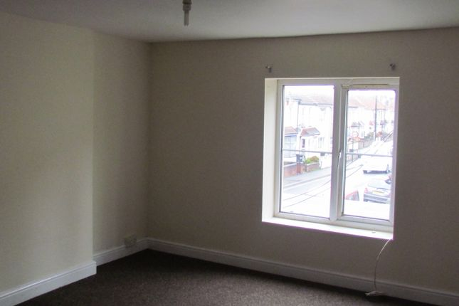 Thumbnail Flat to rent in Two Mile Hill Road, Kingswood