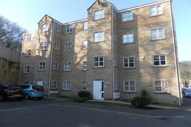 Thumbnail Flat to rent in Mill Stream Drive, Luddendenfoot, Halifax