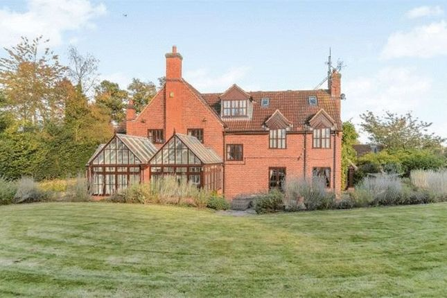 Thumbnail Detached house for sale in High Street, Retford
