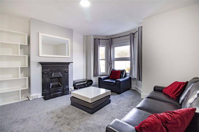 Living Room of Ormsby Street, Reading, Berkshire RG1