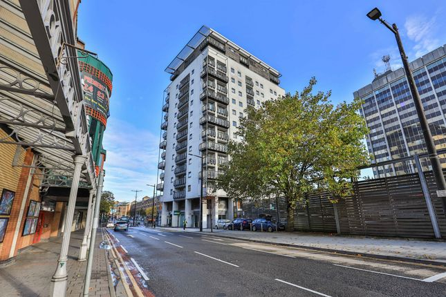 Thumbnail Flat for sale in Queen Street, City Centre, Cardiff