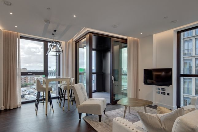 Thumbnail Flat to rent in Thornes House, London