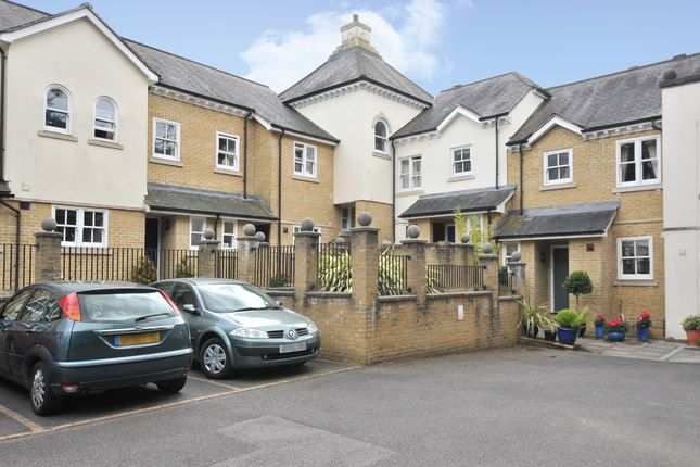 Thumbnail Mews house to rent in Badgers Holt, Tunbridge Wells