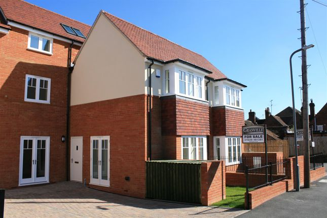 Thumbnail Terraced house for sale in Town Lane, Marlow