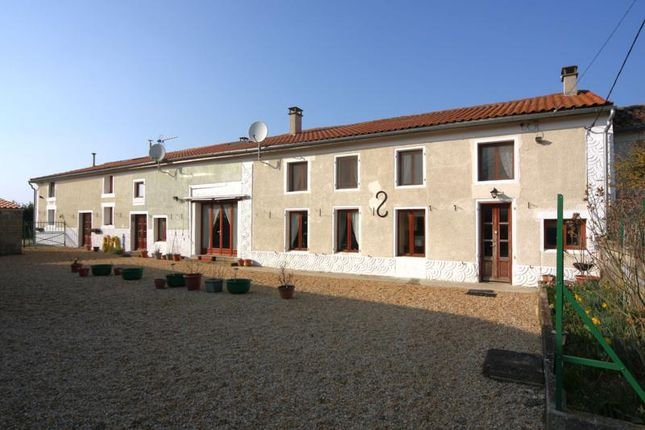 7 bed property for sale in Fontaine Chalendray, Poitou-Charentes, France