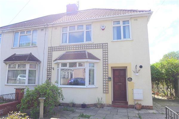 Thumbnail Flat to rent in Gordon Road, Whitehall, Bristol