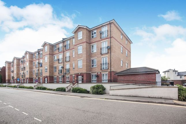 Thumbnail Flat for sale in Grove Road, Luton