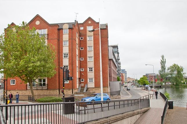 Thumbnail Shared accommodation to rent in Brayford Wharf East, Lincoln