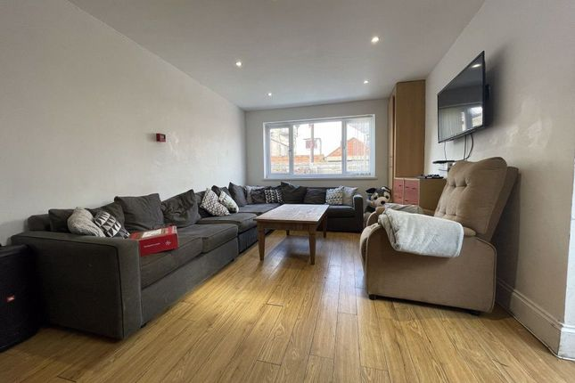 Thumbnail Terraced house to rent in Llanbleddian Gardens, Cathays, Cardiff
