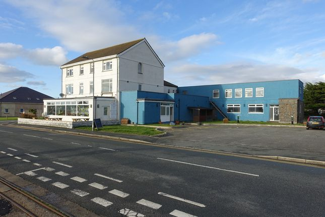 Thumbnail Leisure/hospitality to let in Beach Road, Fairbourne