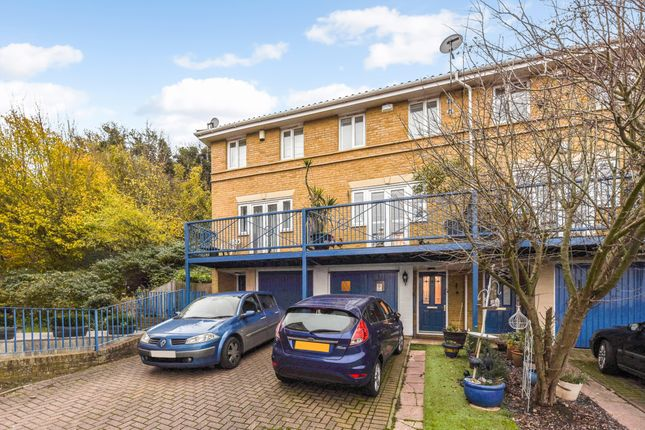3 bed town house for sale in Florin Drive, Borstal, Rochester ME1