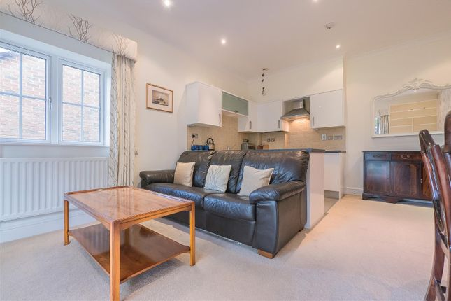 Thumbnail Flat for sale in Olivers Way, Hertford Heath, Hertford