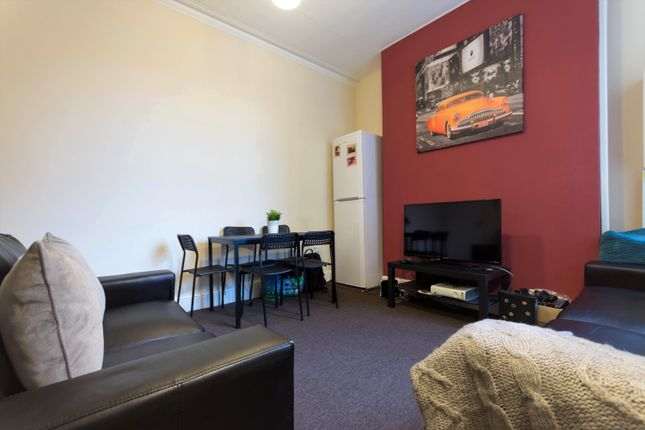 Thumbnail Town house to rent in Albert Road, Middlesbrough