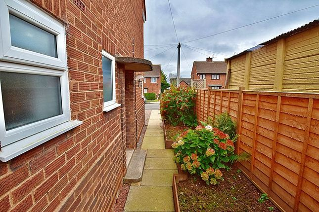 3 bed semi-detached house for sale in Chaucer Road, Aston Fields, Bromsgrove