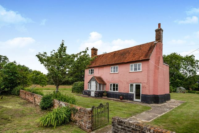 Thumbnail Detached house for sale in Bramley Road, Little London, Tadley