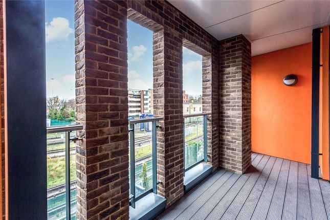 Thumbnail Flat for sale in Delancey Apartments, 12 Williamsburg Plaza, Canary Wharf, London