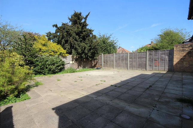 Thumbnail Flat to rent in Geary Road, Dollis Hill