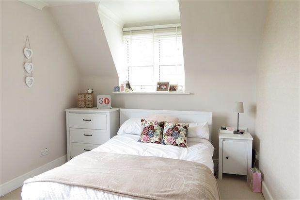 Thumbnail Flat to rent in Park Court, Lawrie Park Road, London