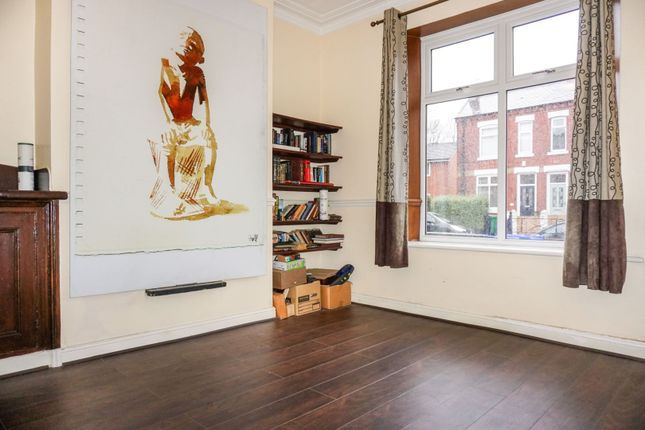 Living Room of Parkfield Road North, New Moston M40