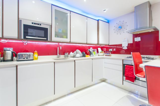 Kitchen of Oxford Street, Marble Arch, Central London W1H