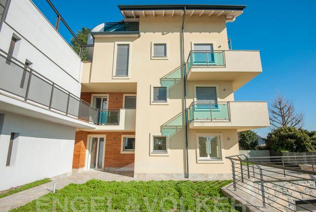 2 bed duplex for sale in Cernobbio, Lago di Como, Ita, Cernobbio, Como, Lombardy, Italy