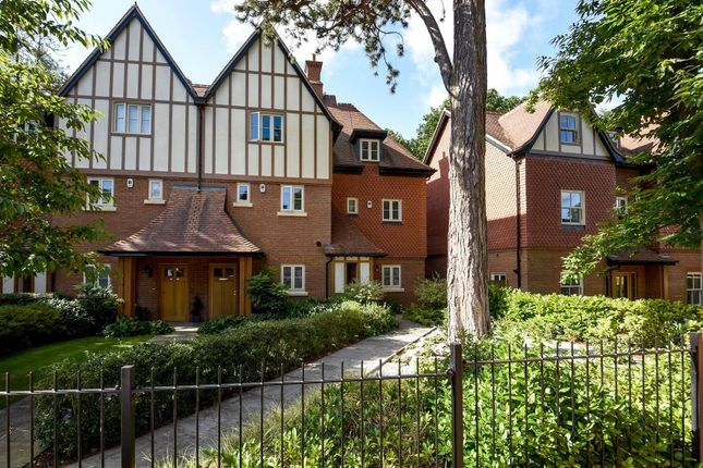 Thumbnail Town house for sale in Ascot, Berkshire