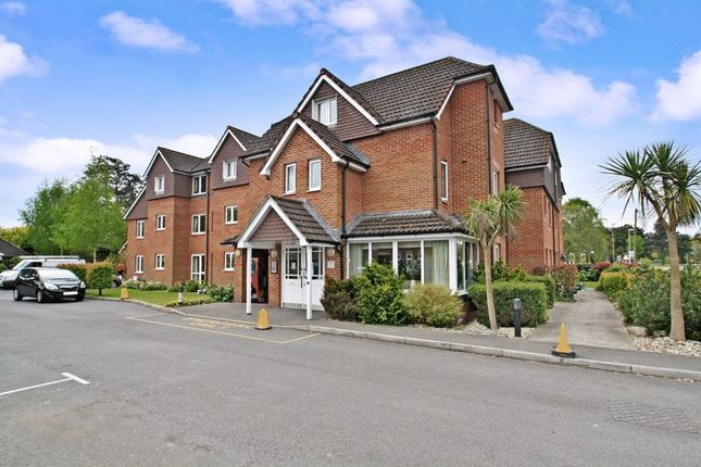 Thumbnail Flat for sale in Heathlands Court, Southampton