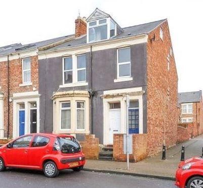 Thumbnail Maisonette to rent in Rectory Road, Bensham, Gateshead