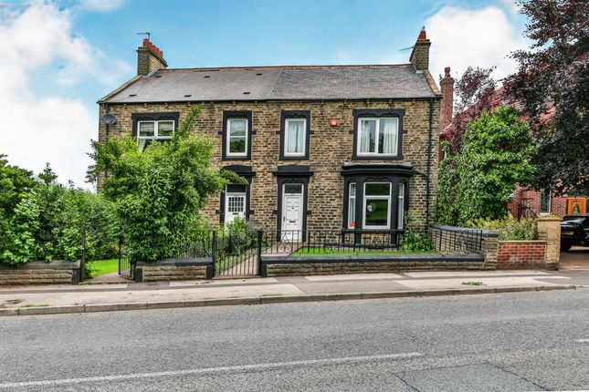 5 bed semi-detached house for sale in Park Road, Barnsley S70