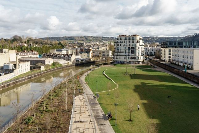 """Thumbnail Flat for sale in """"Sovereign Point"""" at Midland Road, Bath"""