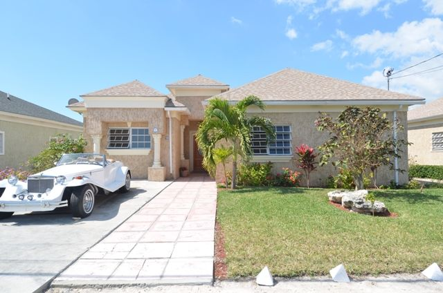3 bed property for sale in South Beach Road, Nassau, The Bahamas