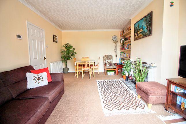 Living Room 2 of Mowbray Drive, Tilehurst, Reading RG30
