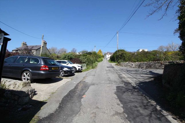 Approach Road of Parc Terrace, Gwel Fynydd, Llangoed LL58